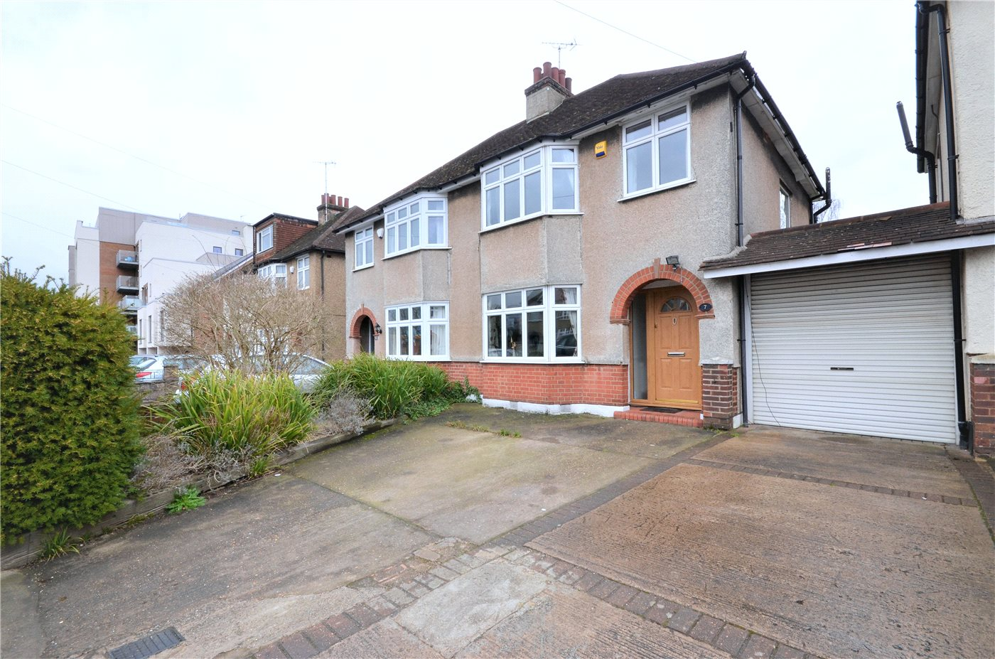 3 Bedrooms Semi Detached House for sale in Bullhead Road, Borehamwood, Hertfordshire, WD6