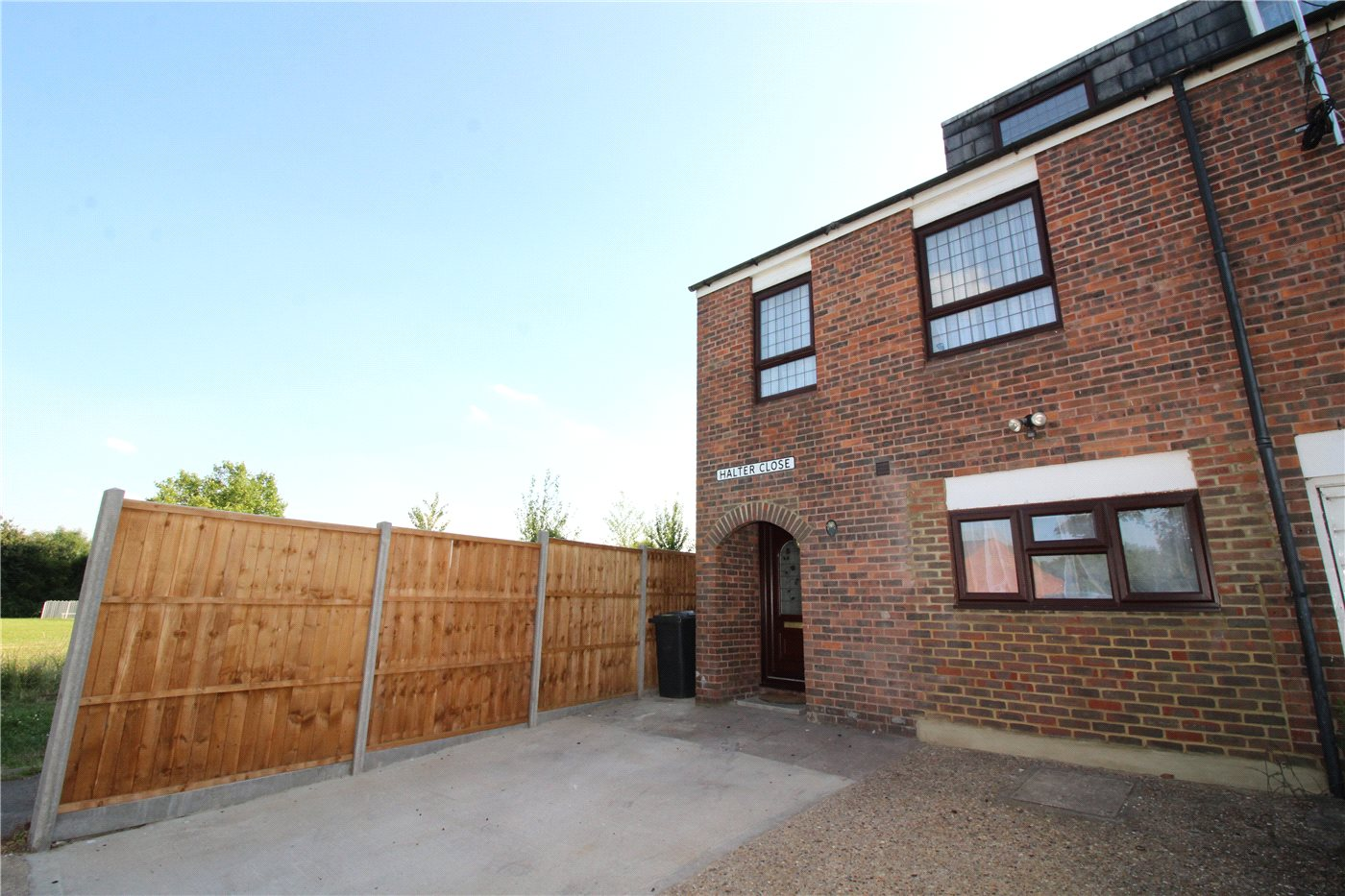4 Bedrooms End Of Terrace House for sale in Halter Close, Borehamwood, Hertfordshire, WD6