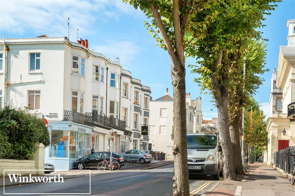 4 Bedrooms Terraced House for sale in Montpelier Place, Brighton, East Sussex, BN1