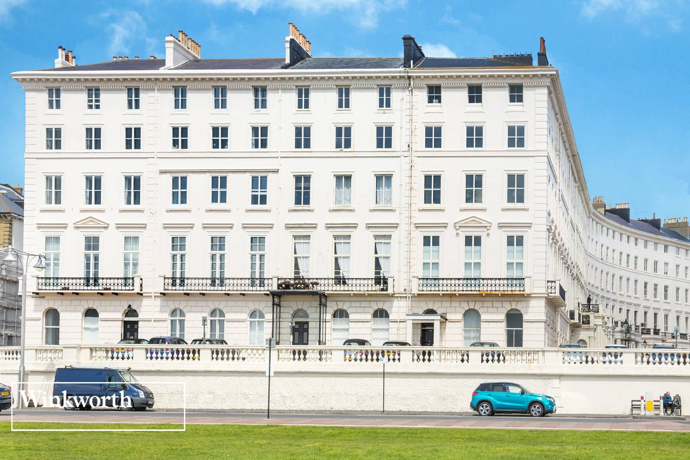 3 Bedrooms Flat for sale in Adelaide Crescent, Hove, East Sussex, BN3