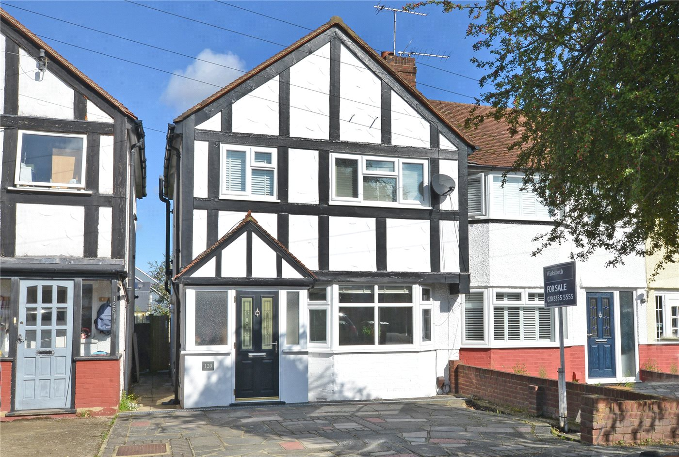 3 Bedrooms End Of Terrace House for sale in Buckland Way, Worcester Park, KT4