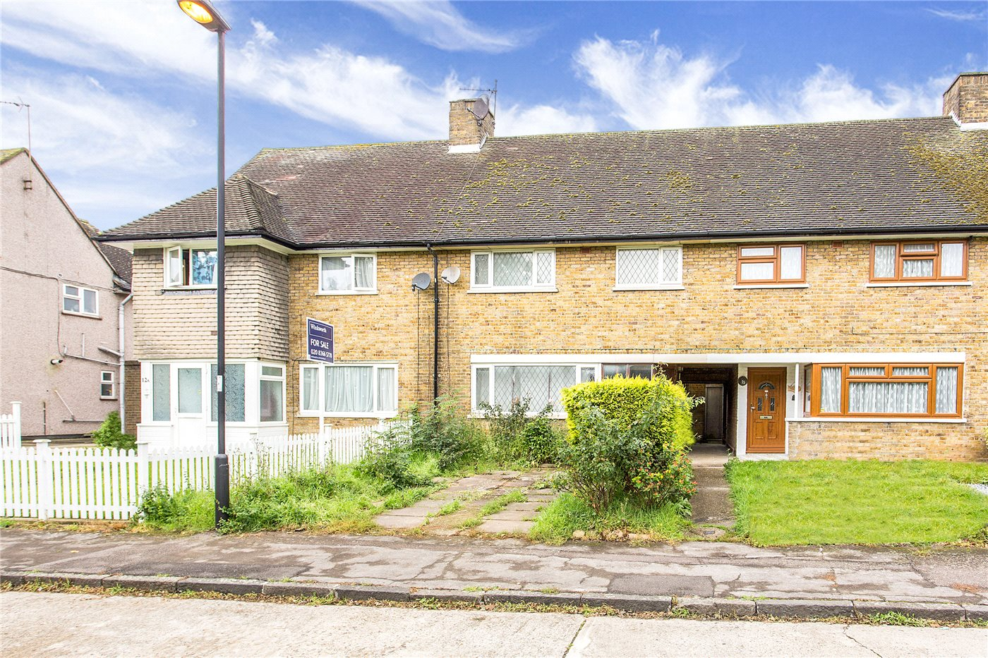 3 Bedrooms Terraced House for sale in Bowles Green, Enfield, EN1