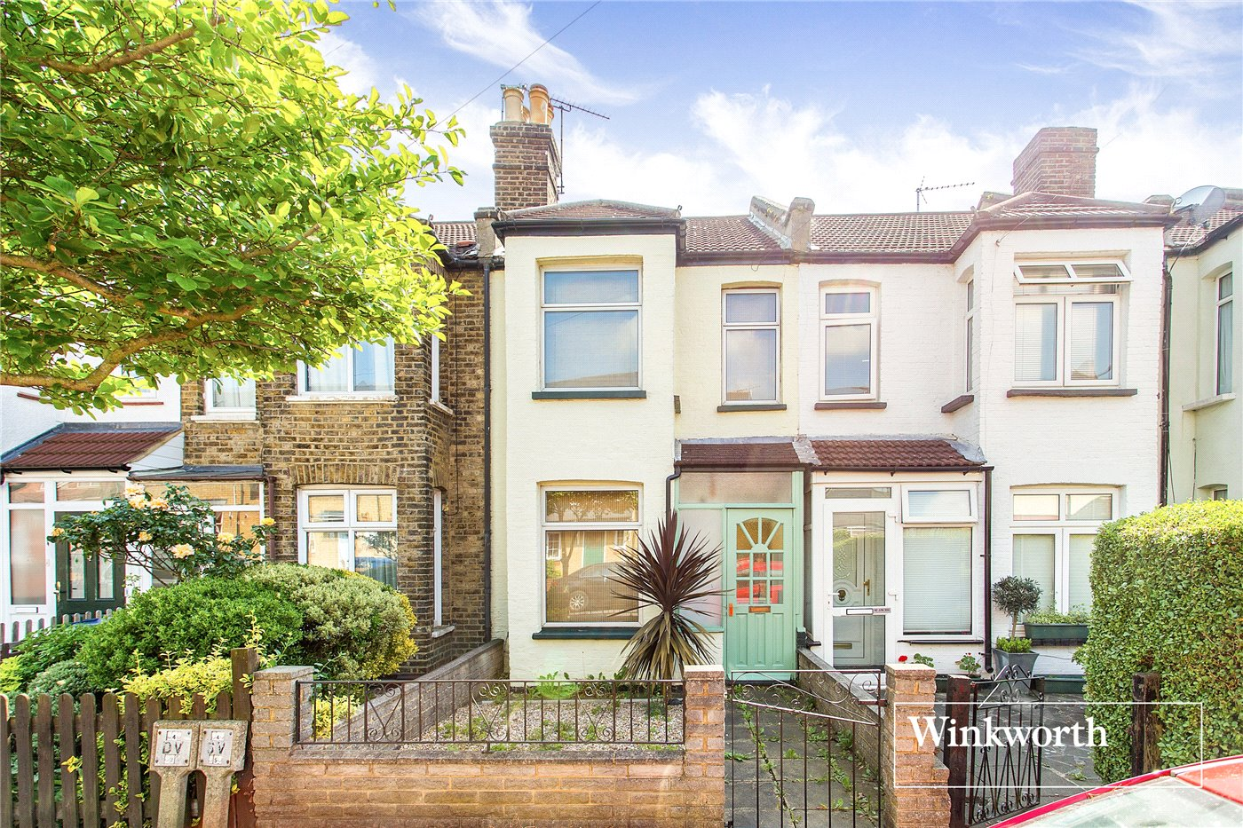 2 Bedrooms Terraced House for sale in Coleridge Road, North Finchley, London, N12
