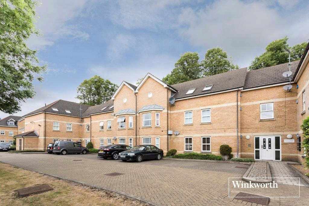 2 Bedrooms Flat for sale in Otley Court, 20 Catterick Close, Friern Barnet, London, N11