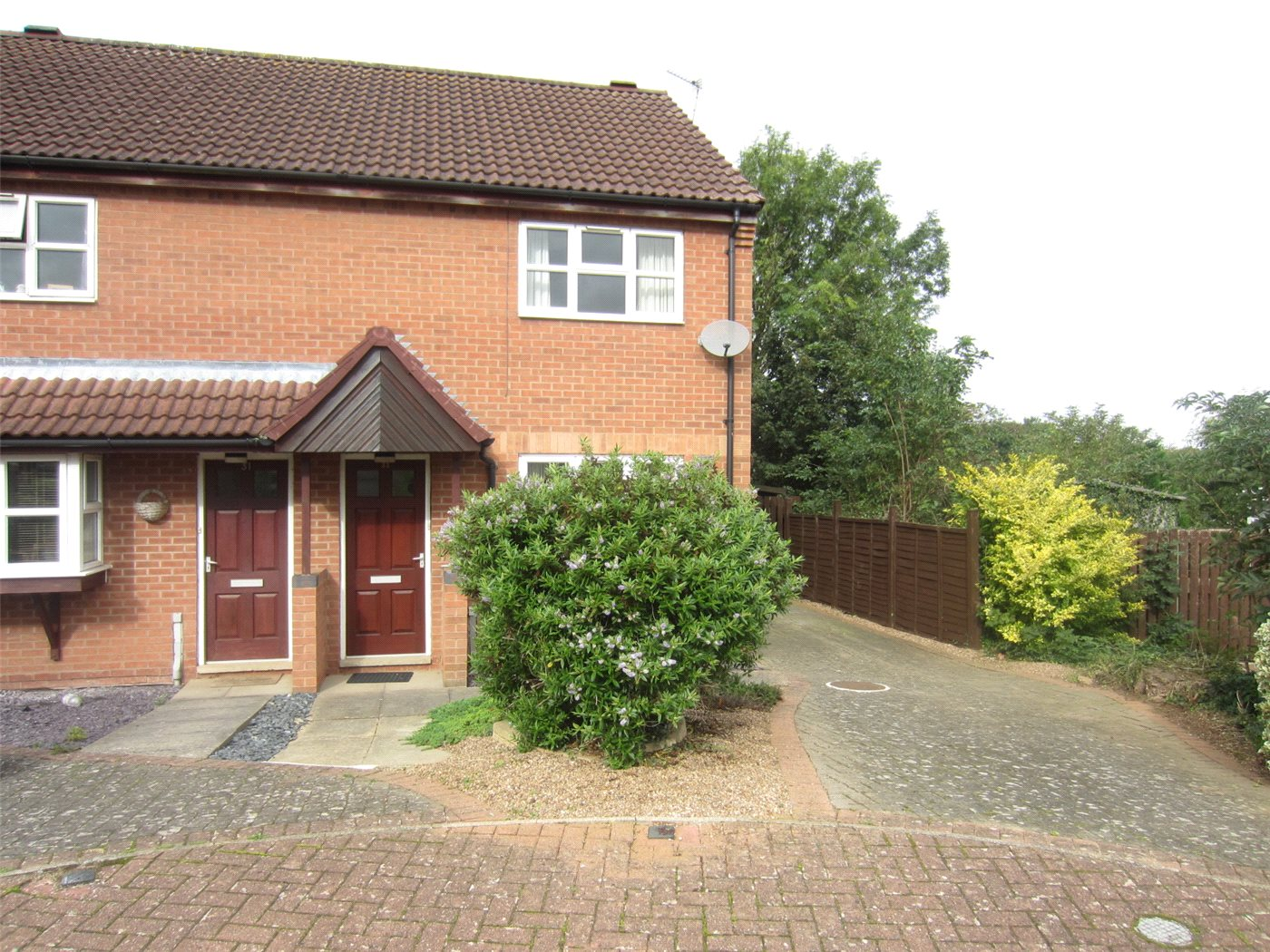 2 Bedrooms Semi Detached House for sale in Holden Way, Great Gonerby, Grantham, NG31