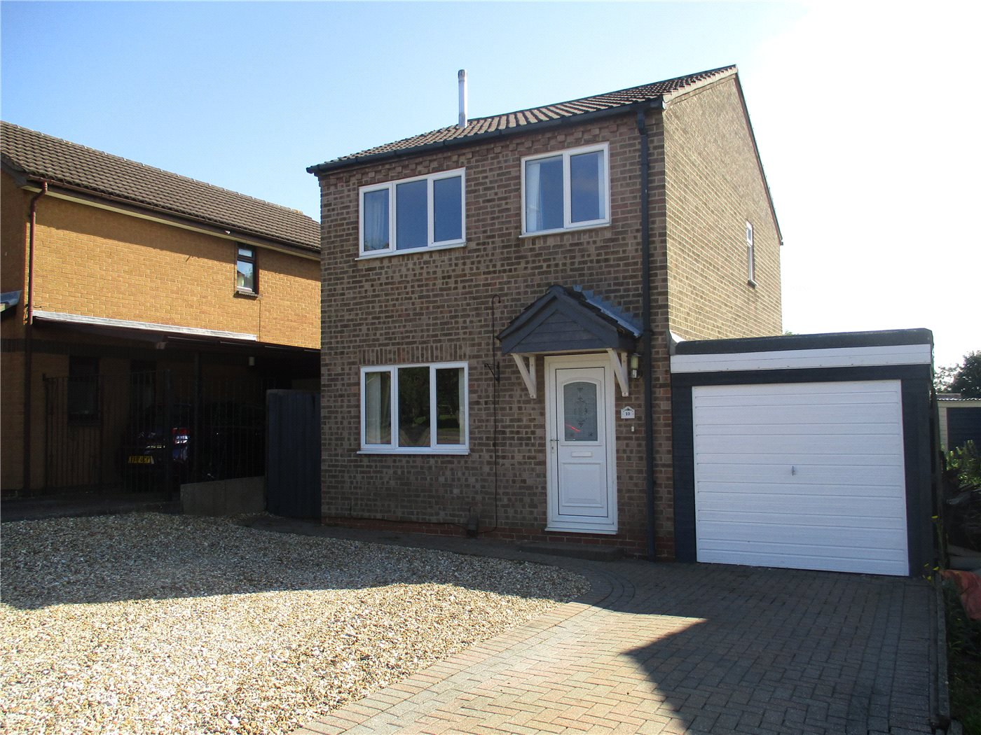 3 Bedrooms Detached House for sale in York Way, Grantham, NG31