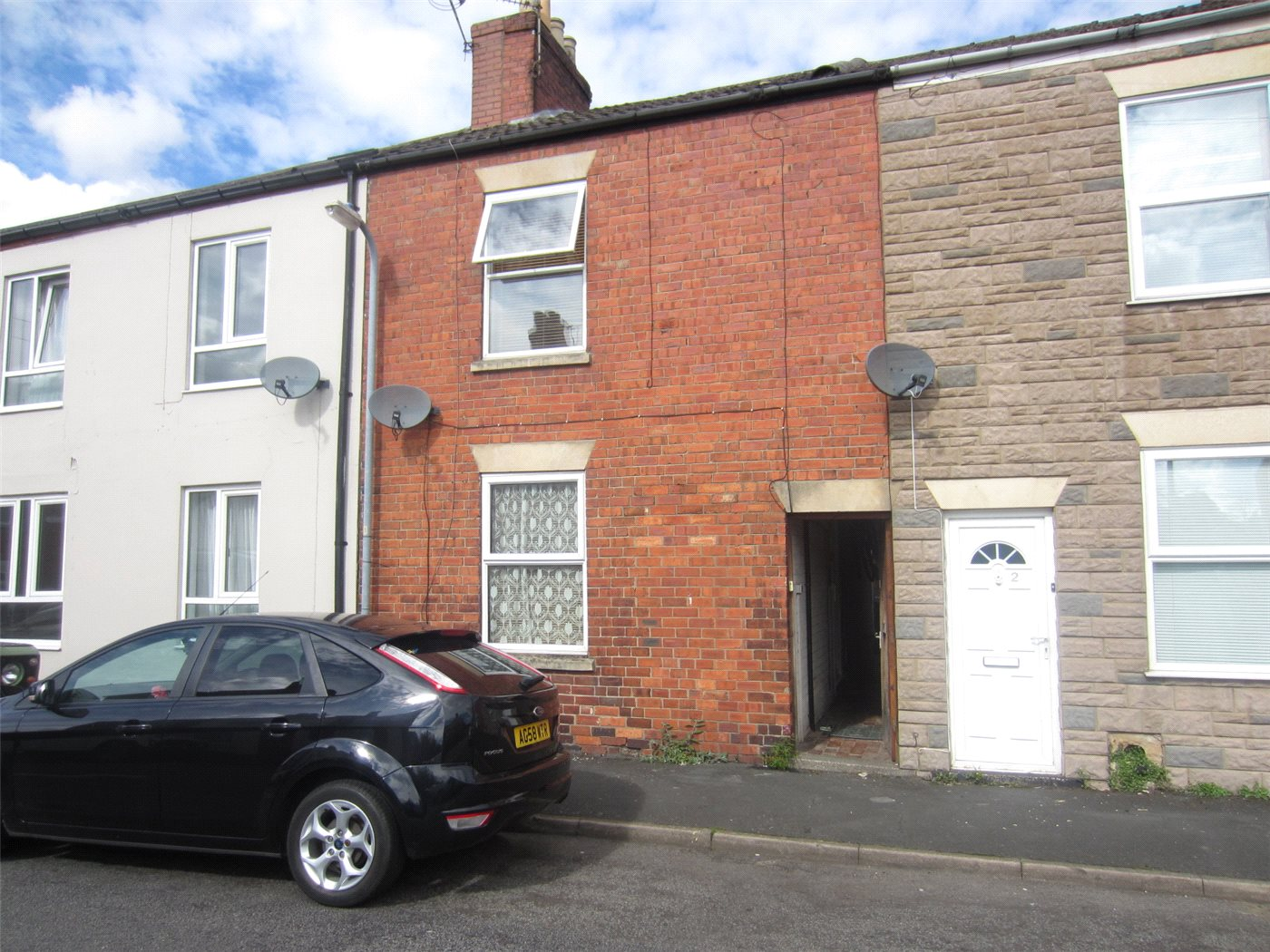 2 Bedrooms Terraced House for sale in Bridge Street, Grantham, NG31