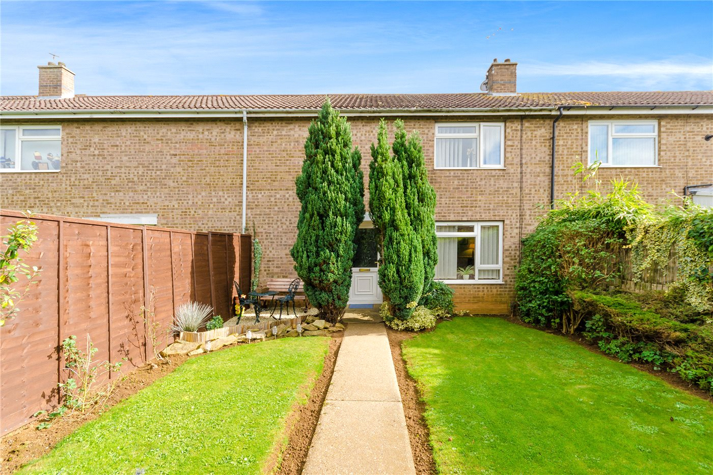 3 Bedrooms Terraced House for sale in Hornsby Road, Grantham, NG31