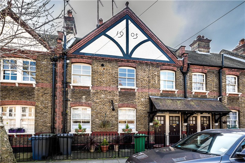 2 Bedrooms Flat for sale in Merrow Street, Walworth, London, SE17