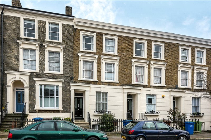 2 Bedrooms Flat for sale in Lorrimore Road, Walworth, London, SE17