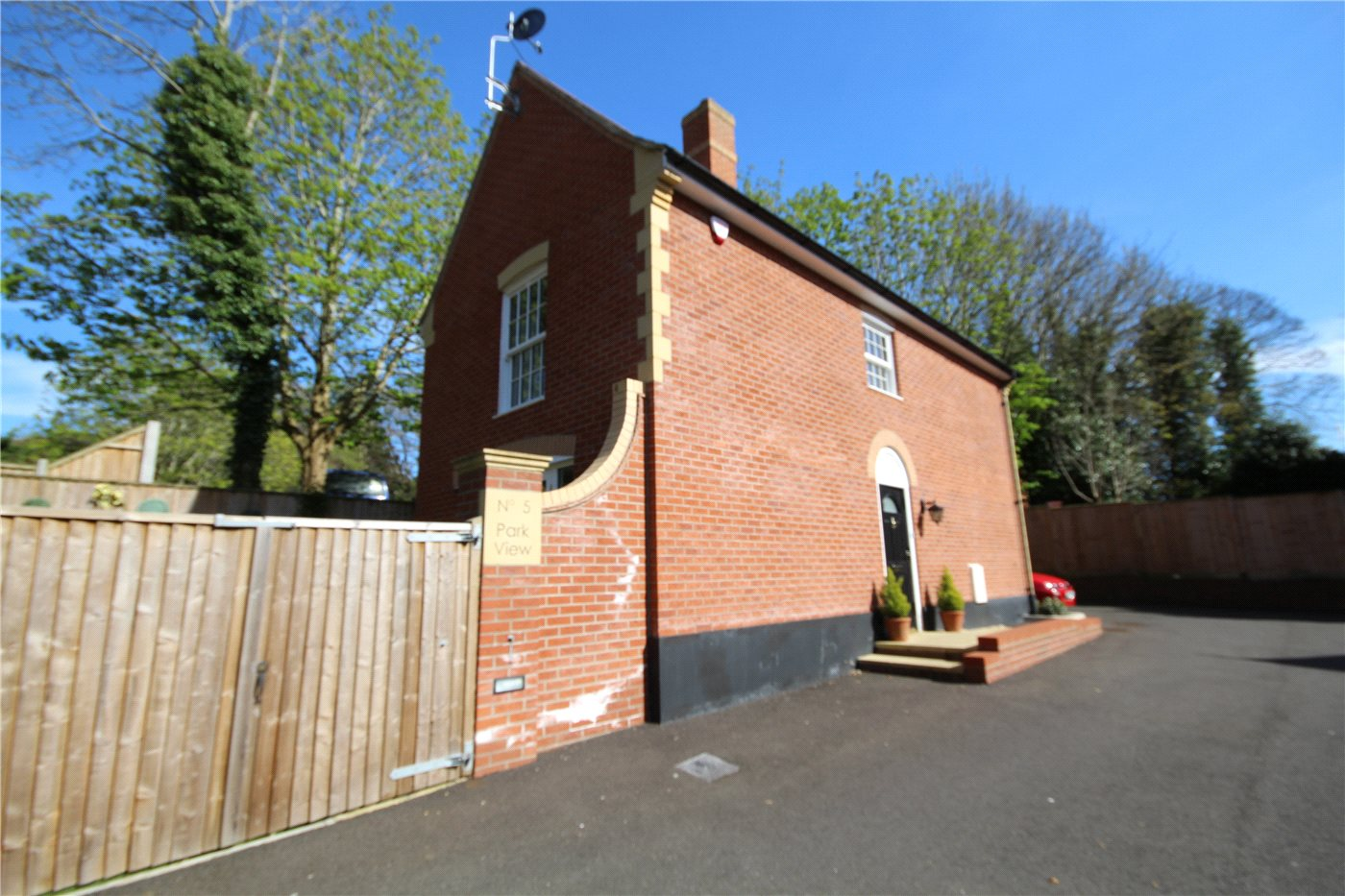 3 Bedrooms Detached House for sale in Church Road, Lower Parkstone, Poole, BH14