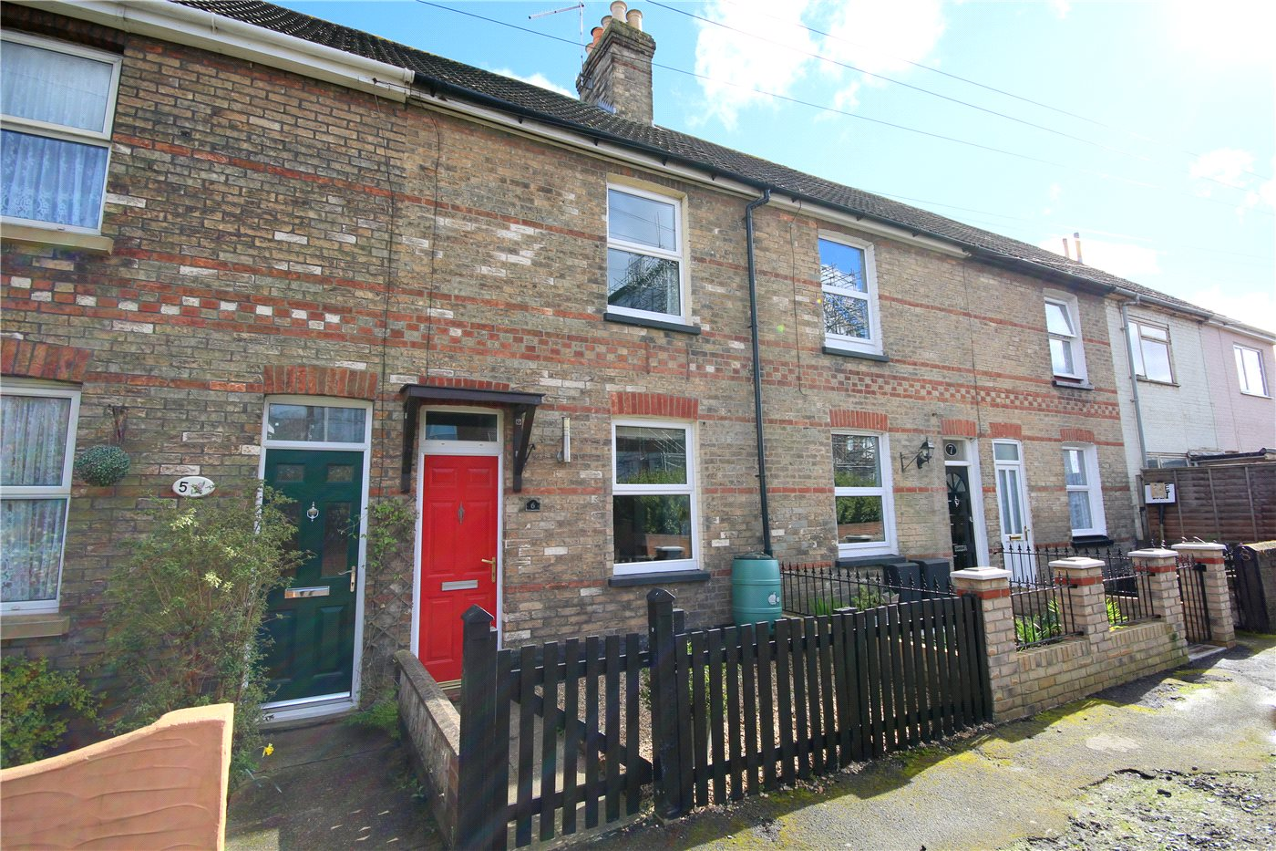 2 Bedrooms Terraced House for sale in Station Road, Hamworthy, Poole, Dorset, BH15