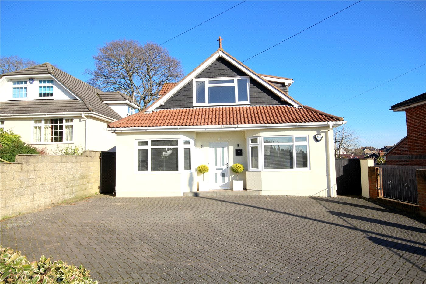 3 Bedrooms Detached House for sale in Crescent Road, Lower Parkstone, Poole, Dorset, BH14