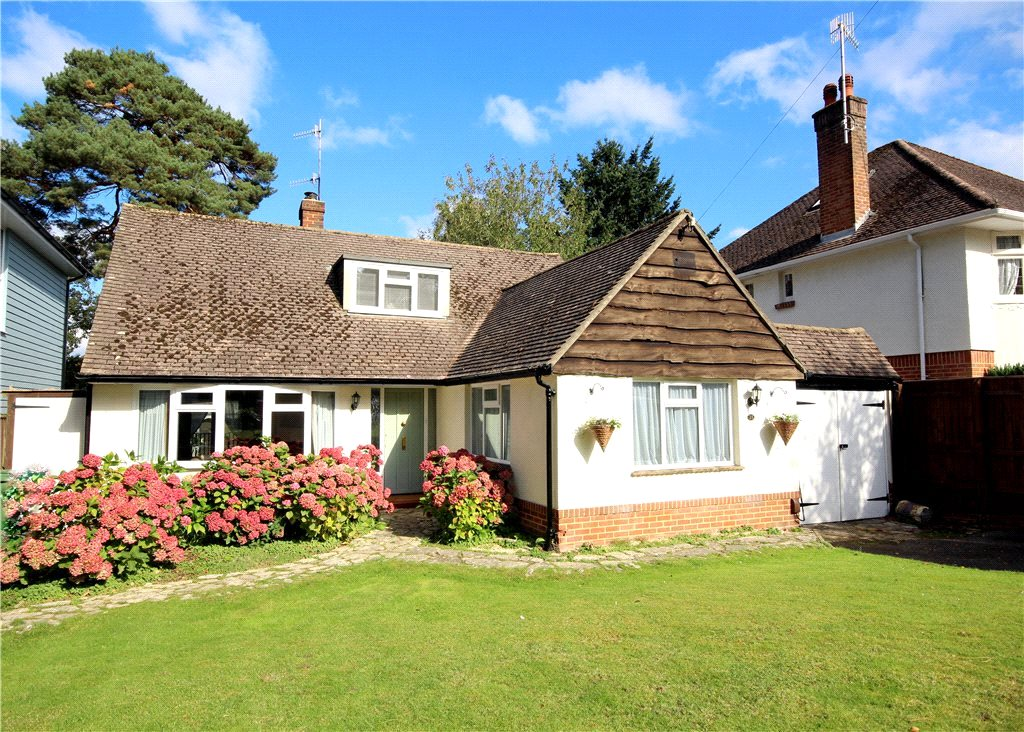 3 Bedrooms Detached House for sale in Birchwood Road, Lower Parkstone, Poole, Dorset, BH14