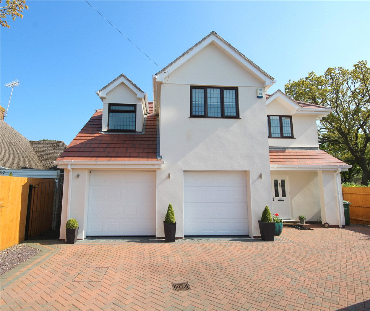 5 Bedrooms Detached House for sale in Pearce Avenue, Lilliput, Poole, Dorset, BH14