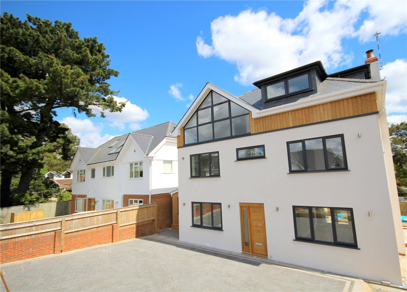4 Bedrooms Detached House for sale in Excelsior Road, Lower Parkstone, Poole, Dorset, BH14