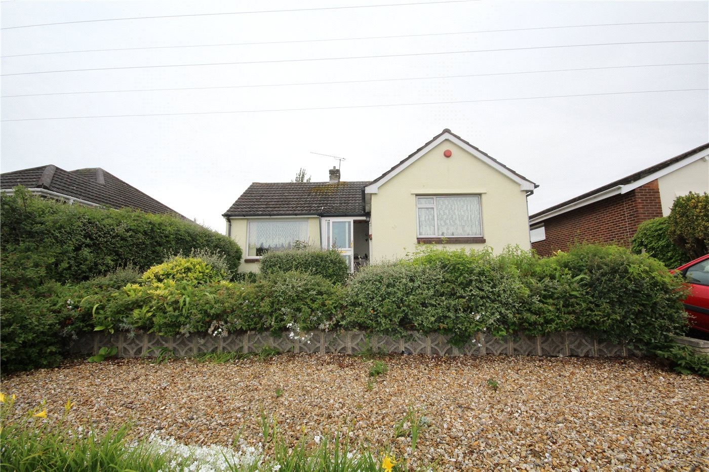 2 Bedrooms Detached Bungalow for sale in Corbiere Avenue, Parkstone, Poole, Dorset, BH12