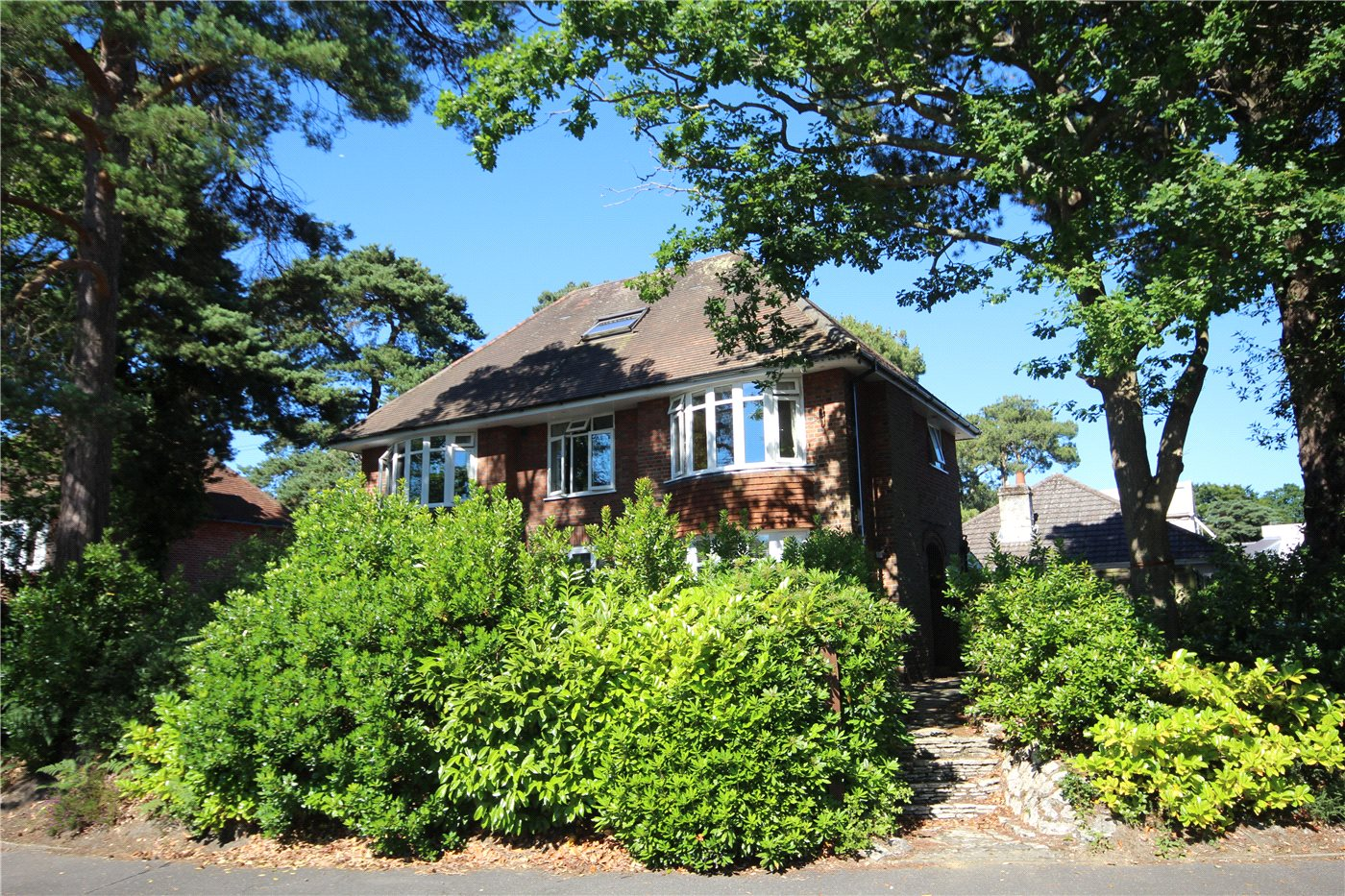 3 Bedrooms Flat for sale in Alton Road, Lower Parkstone, Poole, Dorset, BH14