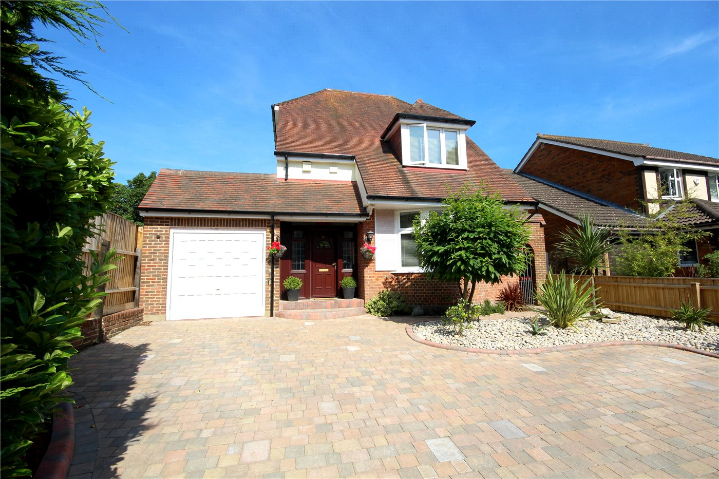 3 Bedrooms Detached House for sale in Cliff Drive, Canford Cliffs, Poole, BH13