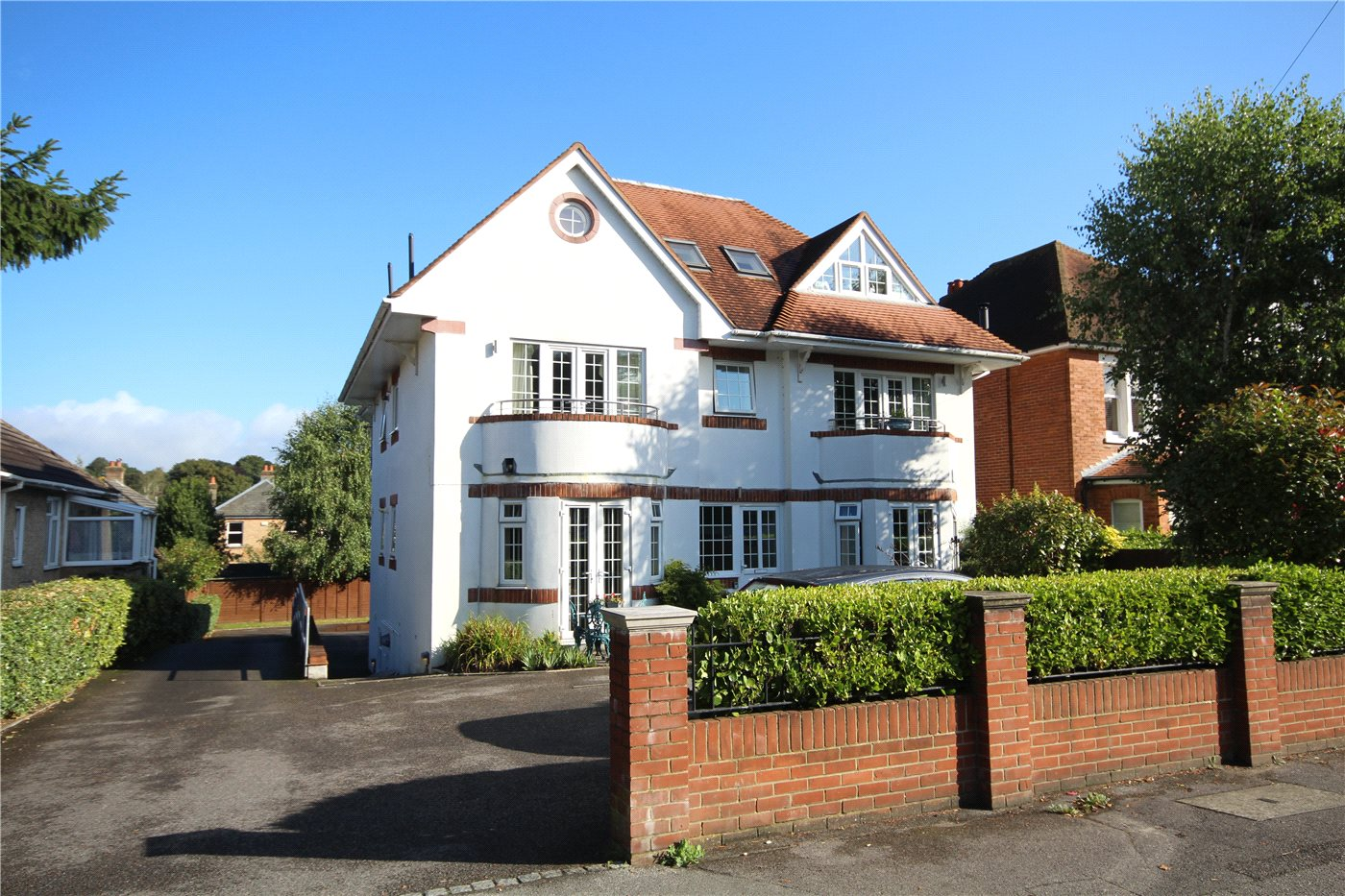 2 Bedrooms Flat for sale in Penn Hill Avenue, Lower Parkstone, Poole, Dorset, BH14