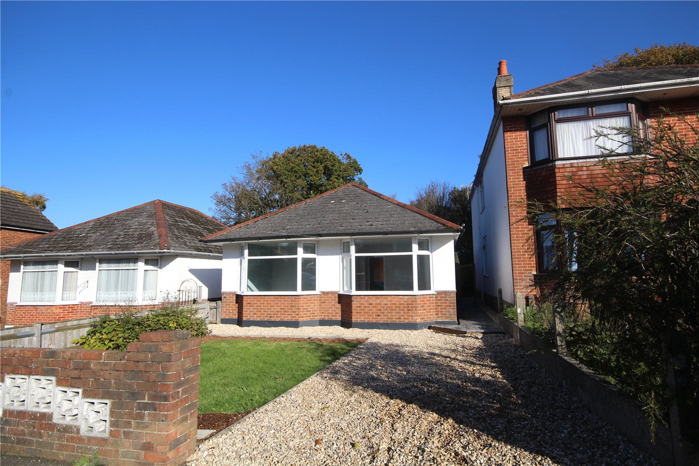 2 Bedrooms Detached Bungalow for sale in Dale Road, Oakdale, Poole, Dorset, BH15
