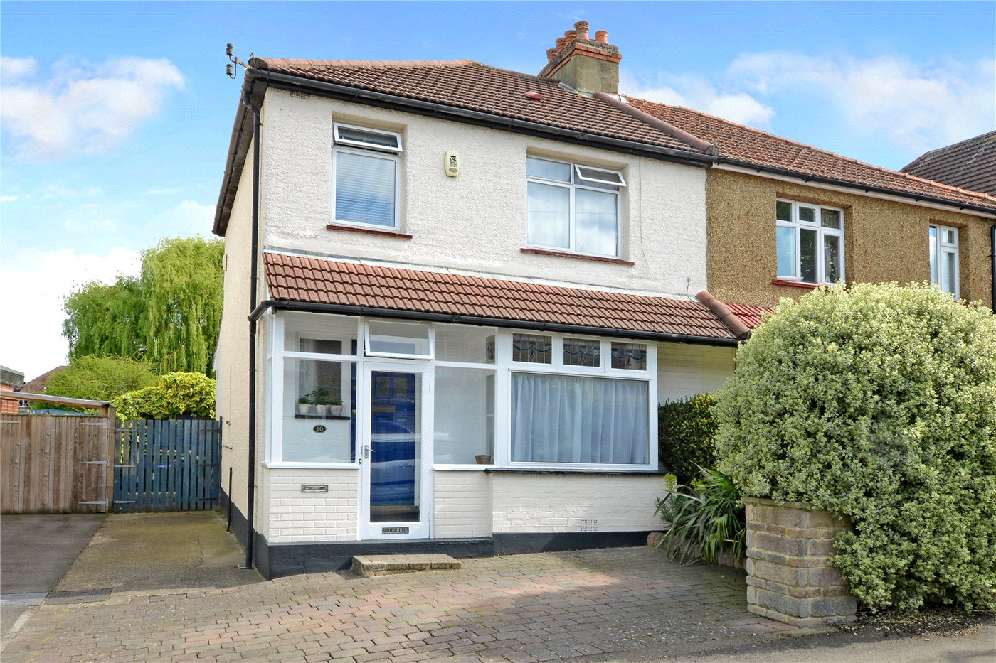 3 Bedrooms Semi Detached House for sale in Lavender Avenue, Worcester Park, KT4