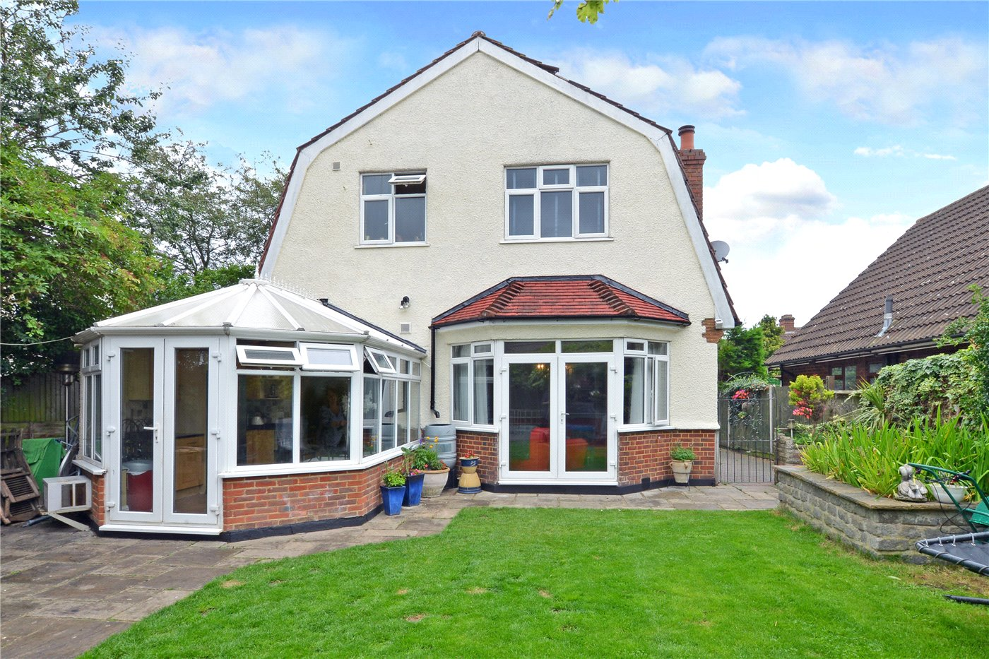 3 Bedrooms Detached House for sale in Boscombe Road, Worcester Park, KT4